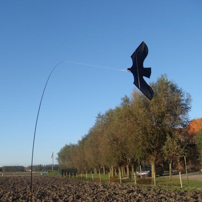 """Візуальний відлякувач птахів """"КРУК"""" + телескопічний подовжувач (флагшток) - 6"""